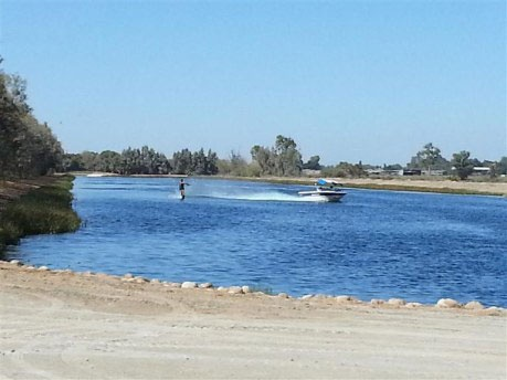 Private Ski Lake Home For Sale | 18556 Jackson Ave, Lemoore, CA