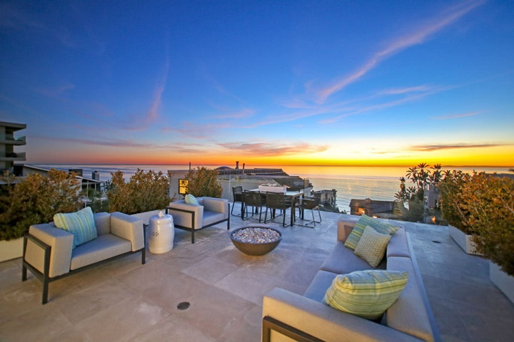 South laguna bluffs ocean view home sold 31696 seacliff for Beach house view