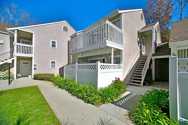 Beacon hill terrace homes beach cities real estate for Laguna beach california homes for sale