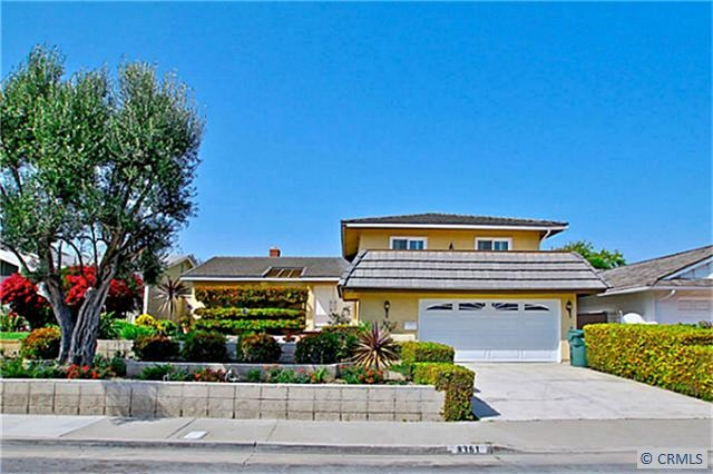 South Huntington Beach Home | 3861 N Atlanta Ave