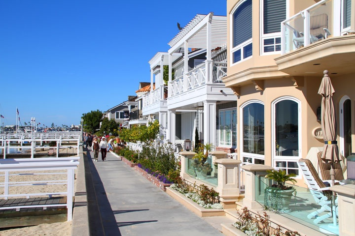 little balboa island homes for sale  beach cities real estate, balboa beach house rentals, balboa peninsula beach house rentals, newport beach balboa island house rentals