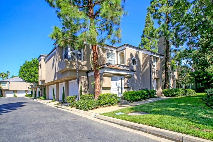 Bayview Court Homes For Sale In Newport Beach, CA