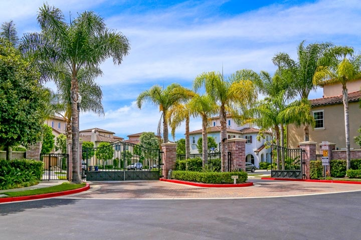 Bel Air Community Homes For Sale In Huntington Beach, CA
