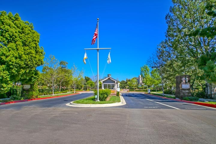 Castaways Homes For Sale In Newport Beach, California
