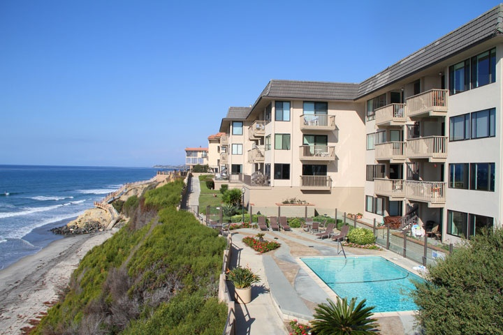 Del Mar Beach Club Community | Solana Beach Real Estate