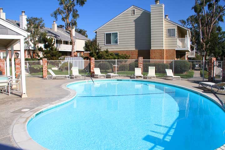 Del Mar Downs Condos | Solana Beach, California