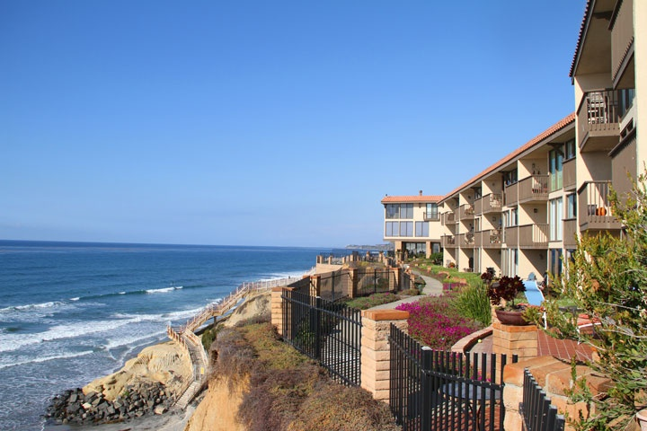 Del Mar Shores Condo Community | Solana Beach Real Estate