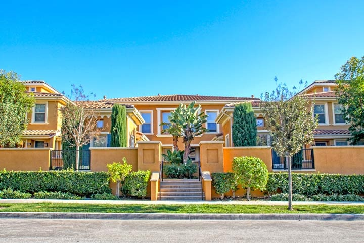 Garland Park Community Homes For Sale In Irvine, California
