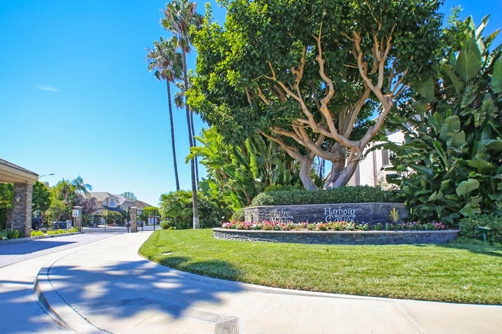 Faire Marin Community Homes For Sale In Huntington Beach, CA