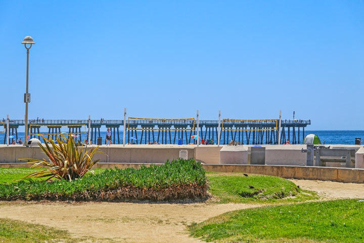Hermosa Beach Ocean View Condos and Townhomes For Sale in Hermosa Beach, California