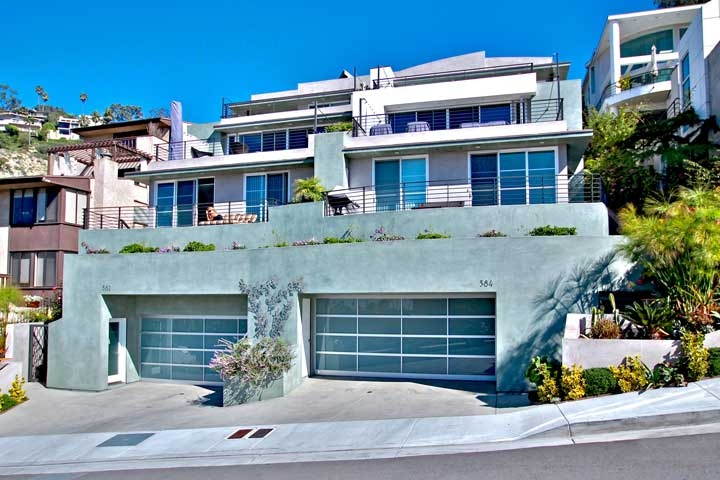 A Great Ocean View Laguna Village Rental in the heart of Laguna Beach, California.  Please contact Denise De La Torre of Beach Cities Real Estate at 949-466-4876 today