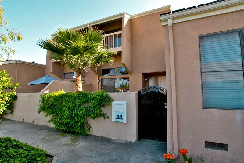 Water Gardens   Fullerton | In Escrow: 2927 Barrington, Fullerton, CA,  92831   $335,000