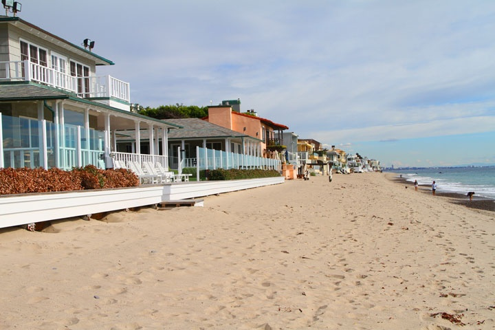 Malibu Beach Front Homes For Sale in Malibu, California
