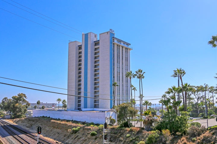 Marina Towers Conods For Sale In Oceanside, CA