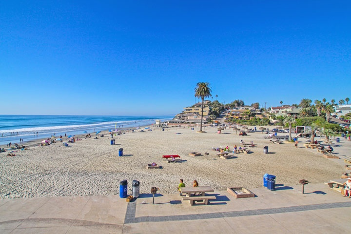 Moonlight Beach Ocean Front Homes For Sale in Encinitas, California