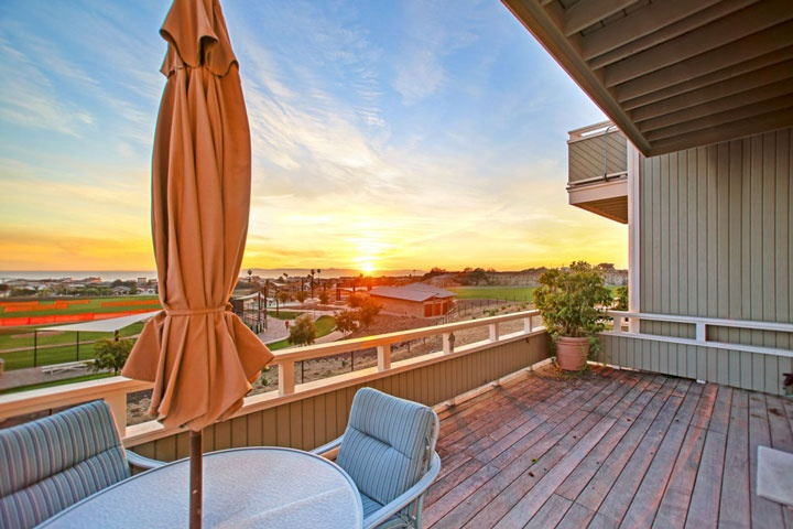 Newport Crest condos for sale in Newport Beach, California