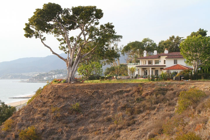 Pacific palisades ocean view homes beach cities real estate for Houses for sale pacific palisades