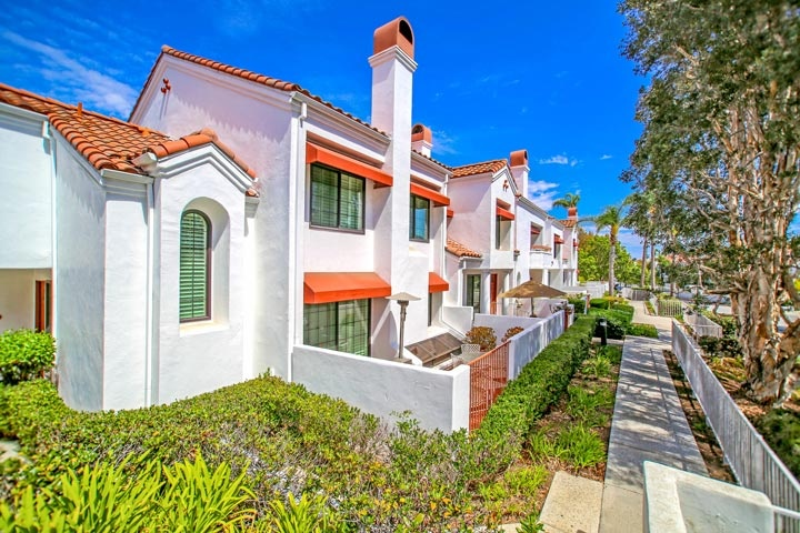 Pacific Ranch Townhomes In Huntington Beach, CA