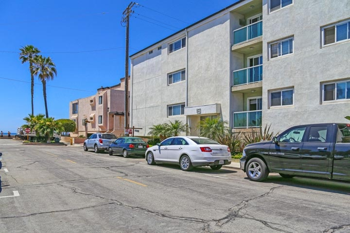 Pacifico Condos For Sale in Hermosa Beach, California