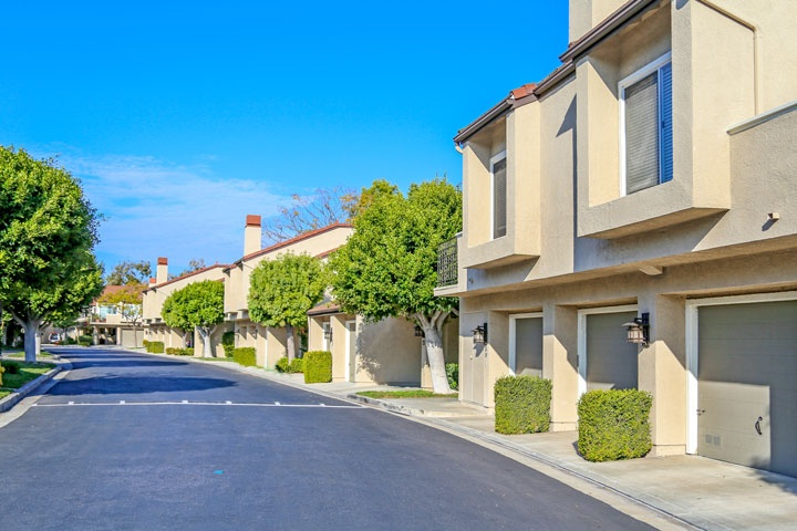 Princeton Townhomes Community Homes For Sale in Irvine, California