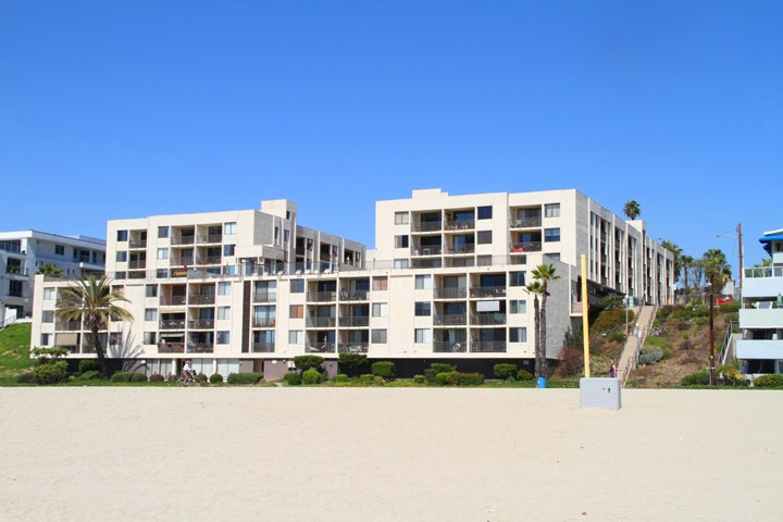 Queen's View Condos For Sale in Long Beach, California