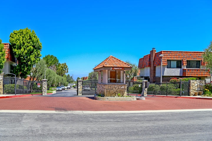Ridgegate Townhomes For Sale in Rancho Palos Verdes, California