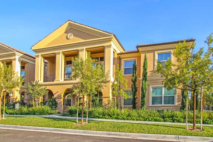 Santa Clara Stonegate Community Condos For Sale In Irvine, California