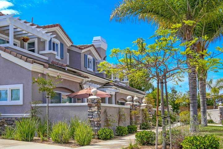 Seacliff Palms Community Homes In Huntington Beach, CA