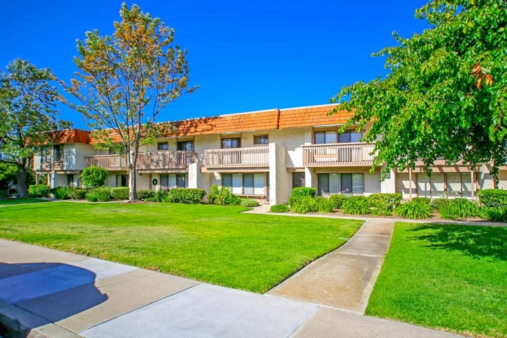 Tanglewood Condos For Sale In Carlsbad, California