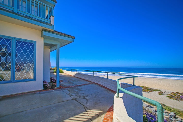 Carlsbad Beach Front Homes - Beach Cities Real Estate