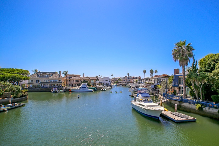 Tiburon Place Community Homes For Sale In Huntington Beach, CA
