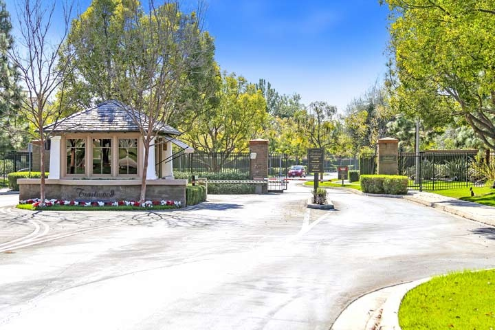 Trailwood Gated Community Homes For Sale In Irvine, California