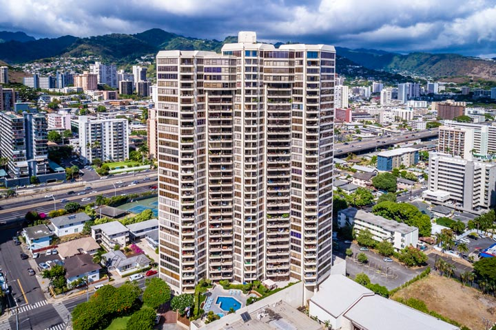 Admiral Thomas Honolulu Condos For Sale