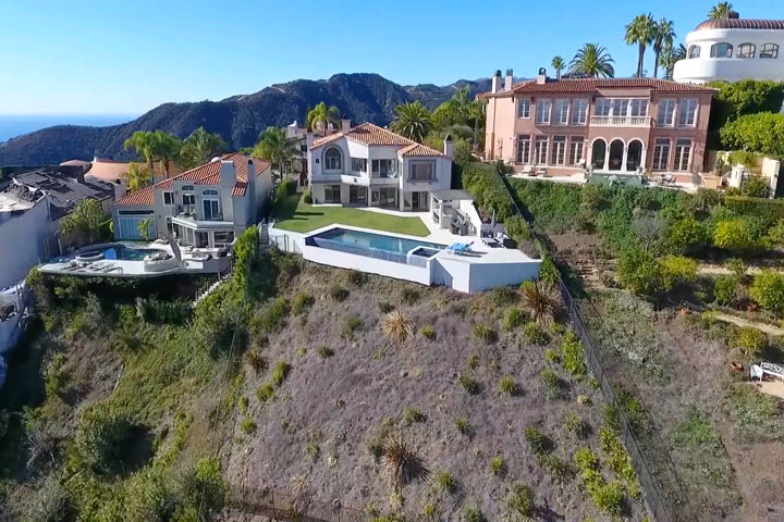 Marquez Knolls Home For Sale at 1524 Lachman Lane in Pacific Palisades, California