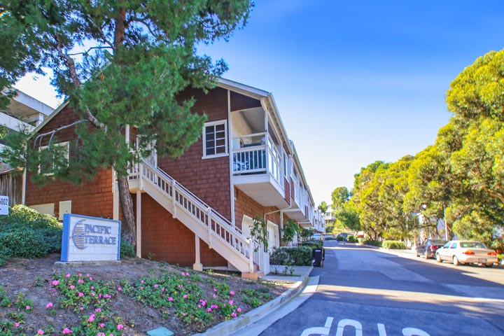 Pacific Terrace Condos For Sale In Dana Point, CA