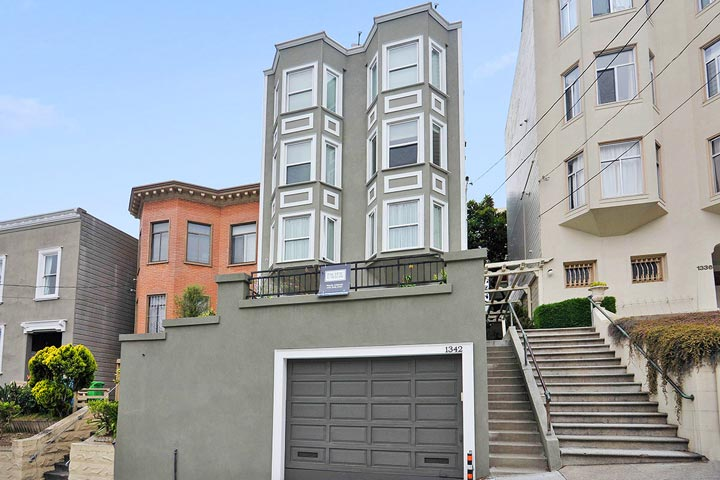 Russian hill homes for sale beach cities real estate for Mansions in san francisco for sale