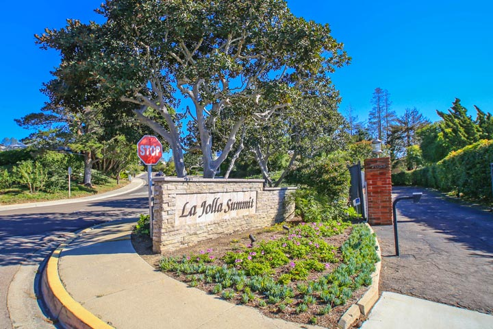 La Jolla Summit Community