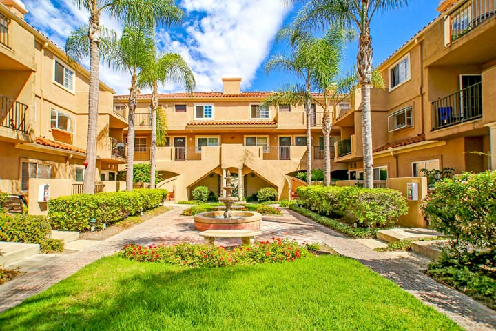 Villas Del Mar Huntington Beach Condos For Sale