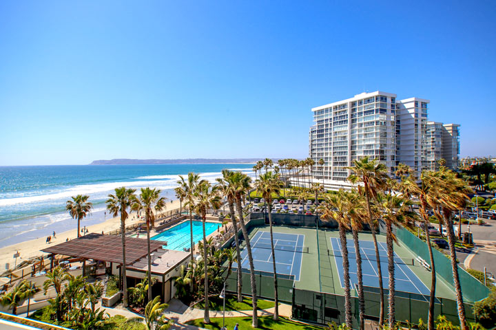 Coronado Shores Community Pool and Tennis Courts