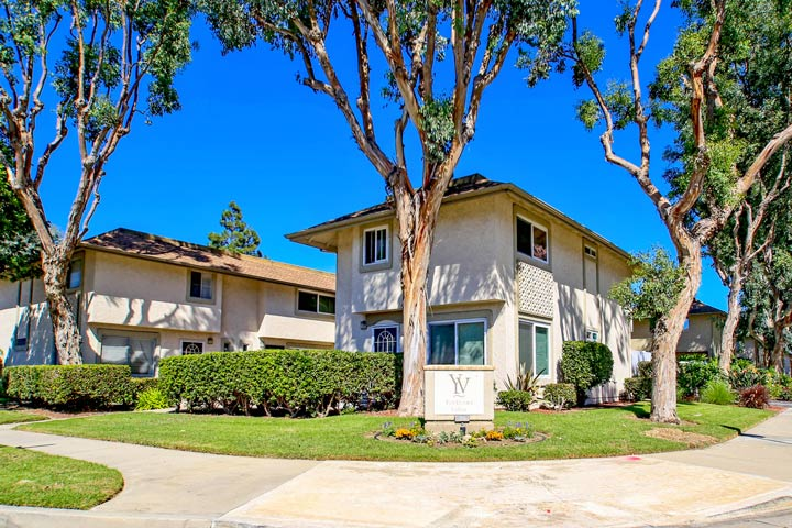 yorktown villas huntington beach beach cities real estate