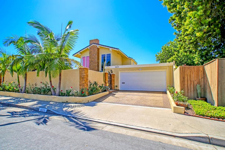Deane Gardens Huntington Beach Homes for Sale