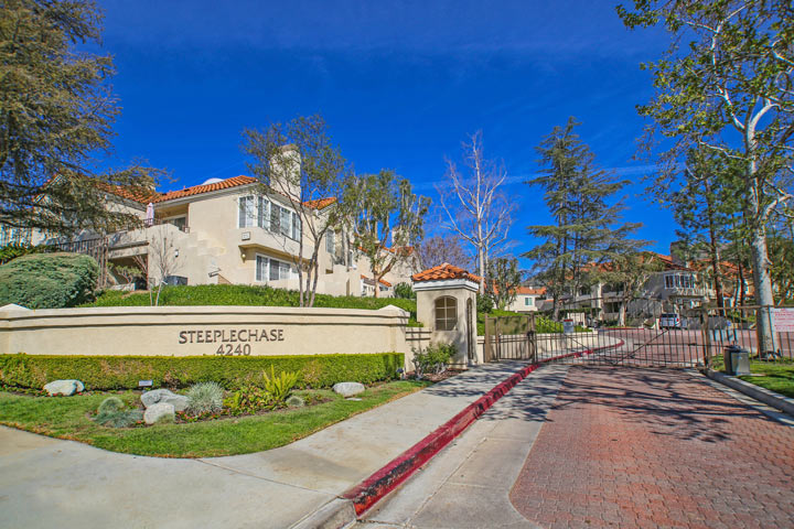 Steeplechase calabasas condos beach cities real estate for Homes for sale in calabasas gated community