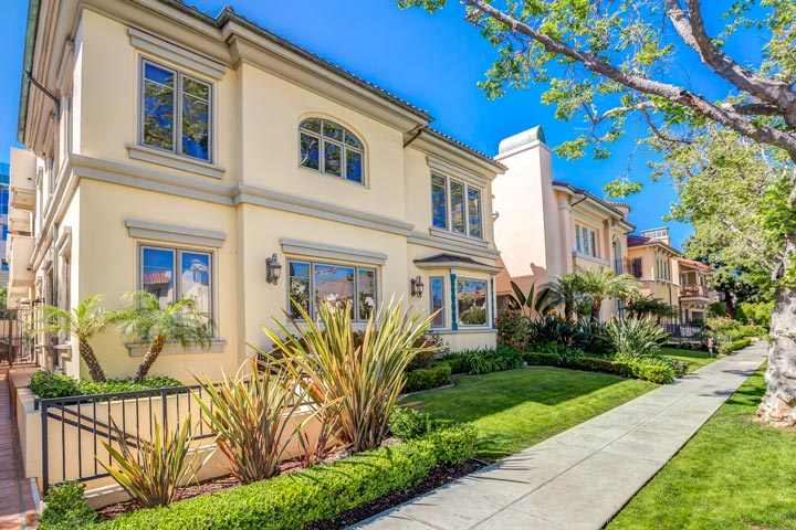 Beverly Hills Villas Condos For Sale in Beverly Hills, California